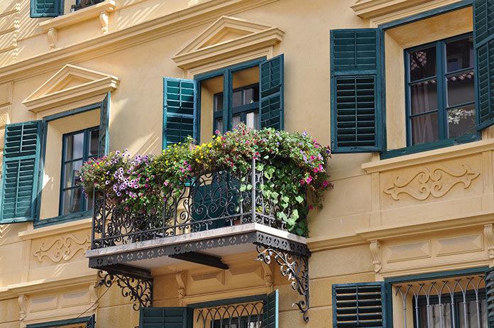 Oryginalnie oświetlone balkony