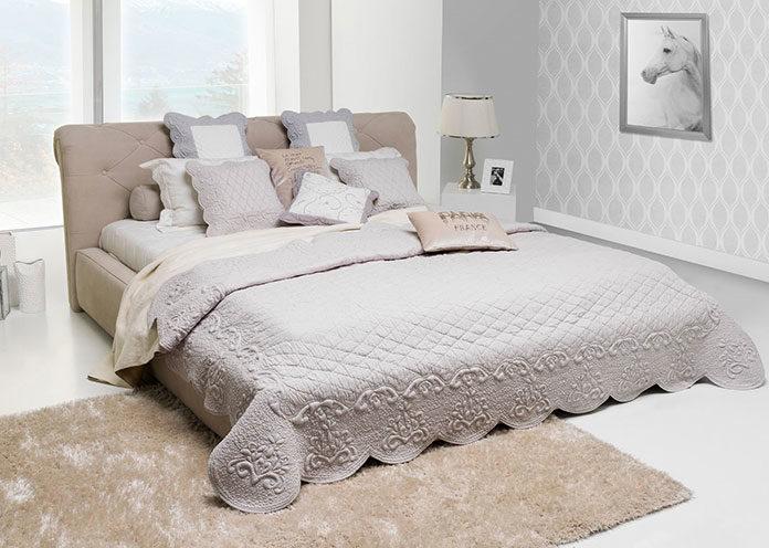Na jaką narzutę na łóżko się zdecydować?