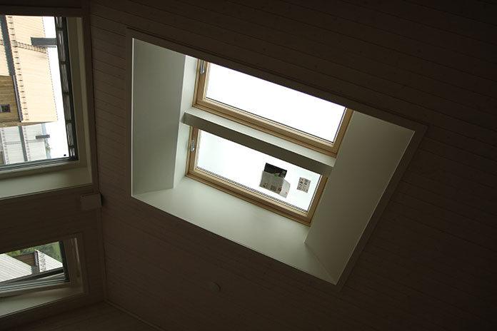 Co warto wiedzieć przed zakupem okien dachowych?