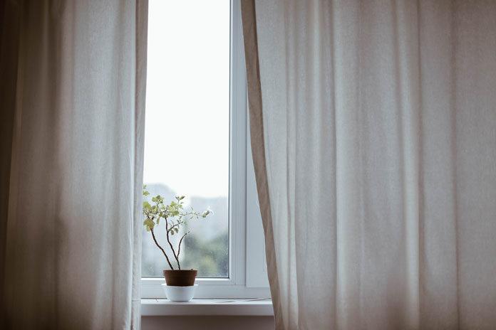 Mały balkon lub taras? Wybierz okna przesuwne!