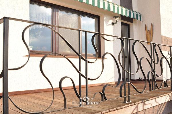 Balustrady kute – ponadczasowe piękno