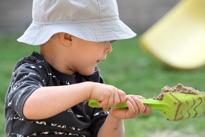Jak dobrać odpowiednią piaskownicę dla swojego dziecka?