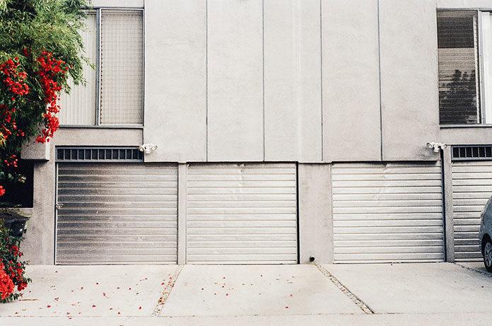 Jakie wybrać bramy garażowe