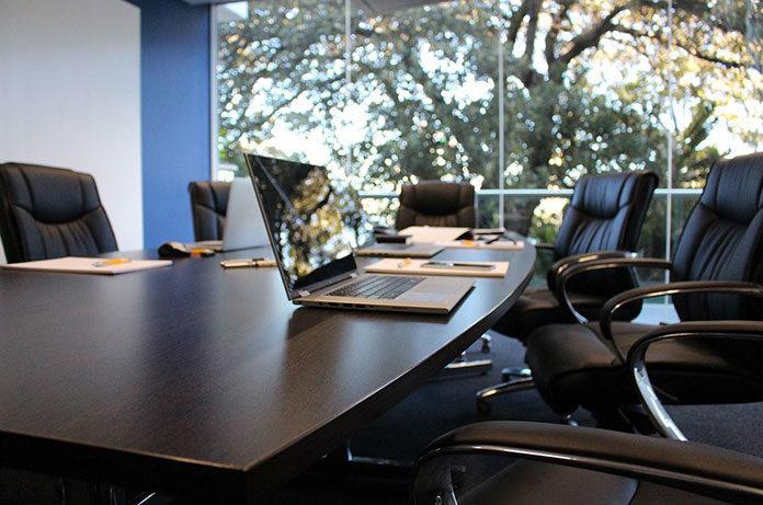 O czym warto pamiętać, wynajmując biuro?