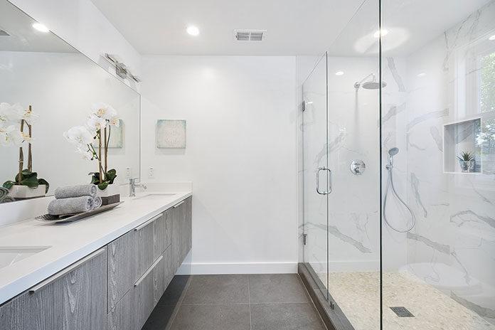 Lśniąca łazienka bez wysiłku - naturalne środki do czyszczenia