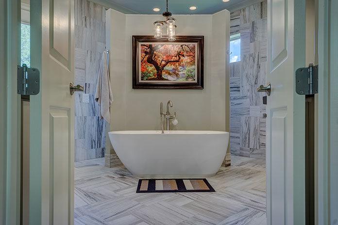 Kamień naturalny – tradycyjny sposób na eleganckie wykończenie łazienki