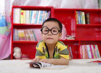 Jak wykombinować miejsce do nauki dla dzieci w małym pokoju