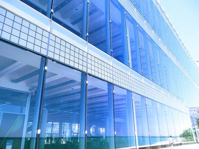 Szkło w aranżacji wnętrz – rotule do szkła