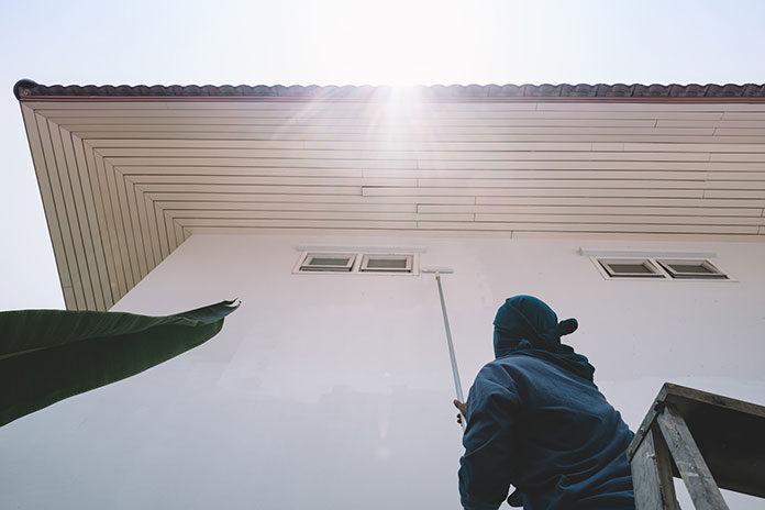 Malowanie elewacji domu