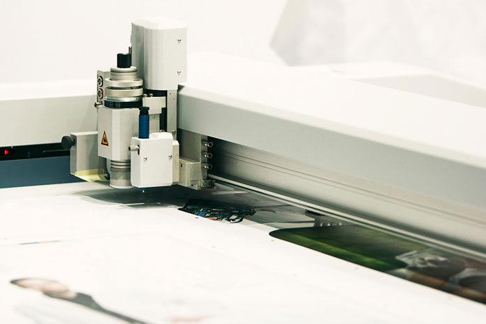 Plotery laserowe
